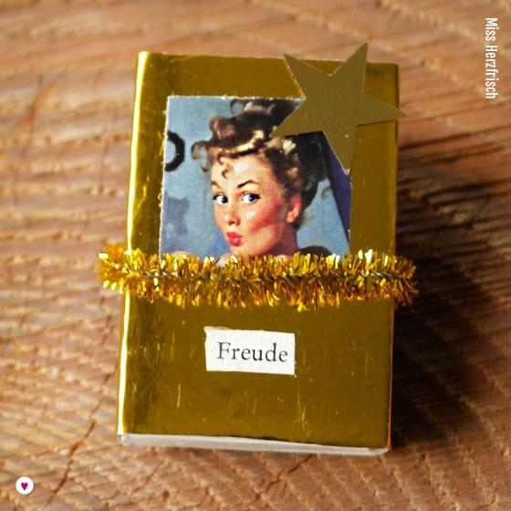 Miss Herzfrischs Matchbox Adventskalender Challenge Nr. 4 Gold und Glitzer Schachtel