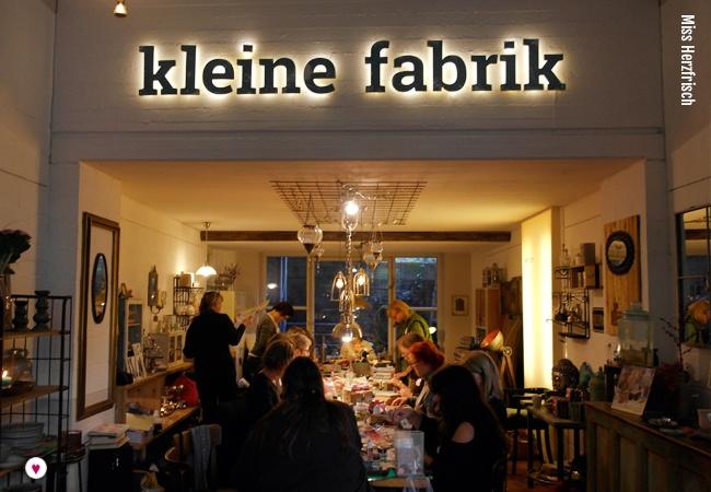 Miss Herzfrisch beim Collagentreffen in der kleinen Fabrik Köln - Samstagscollagen