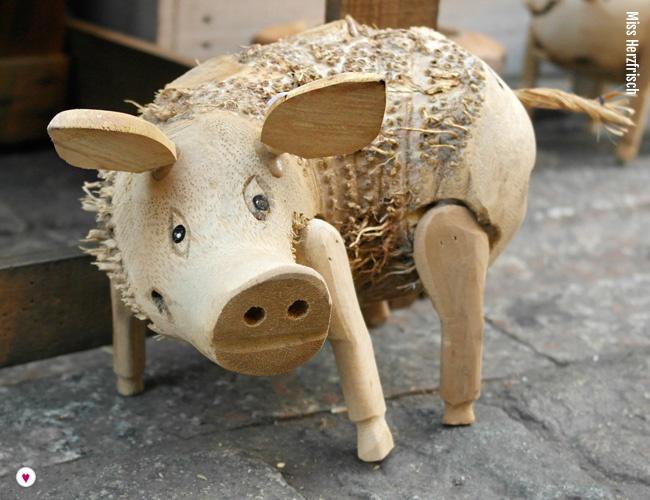 missherzfrisch-weihnachtsmarkt-bonn-gluecksschwein