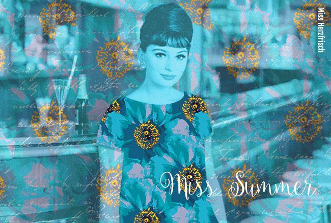 Miss Herzfrischs Rosenmuster in Blau