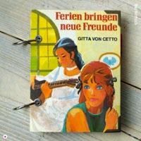 Miss Herzfrischs Vergissmeinnicht Retro Notizbuch Ferien bringen neue Freunde von Gitta von Cetto