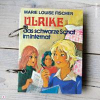 Miss Herzfrischs Retro Notizbuch Ulrike das schwarze Schaf im Internat